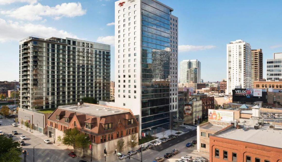 118 N Jefferson Hotels